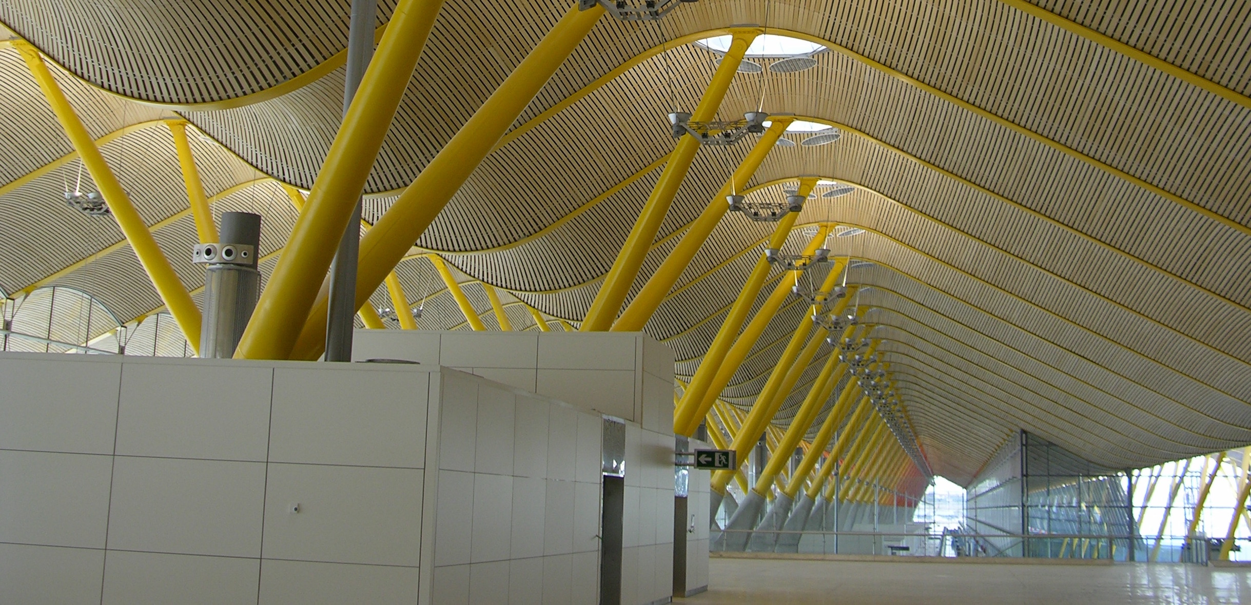 barajas airport tensile structure